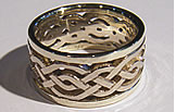 bordered celtic knot ring